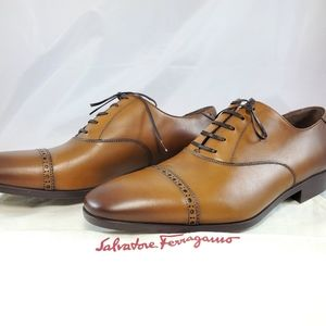 NWT Ferragamo Boston Leather Brogue Cap Toe Loafer